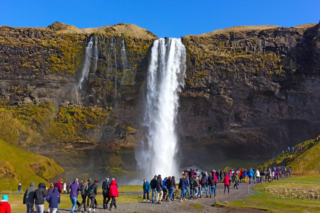 Touristenmassen auf Island