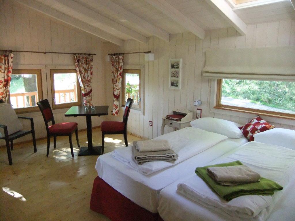 baumhaus ausfluege ulm regional. Black Bedroom Furniture Sets. Home Design Ideas