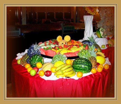 buffet-de-minuit-5290f096-4607-46f9-a39c-137abaaaa093[1].jpg
