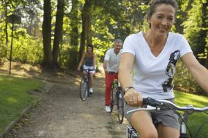 Menschen beim Radfahren