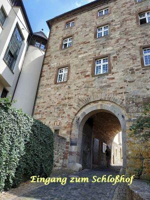 Eingang zum Schloss Korbach